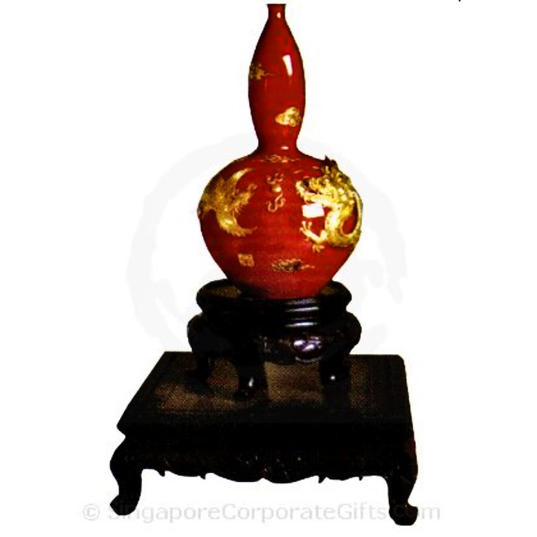 Gourd-shaped Vase with dragon and phoenix (Capsicum Red) 11 Inch