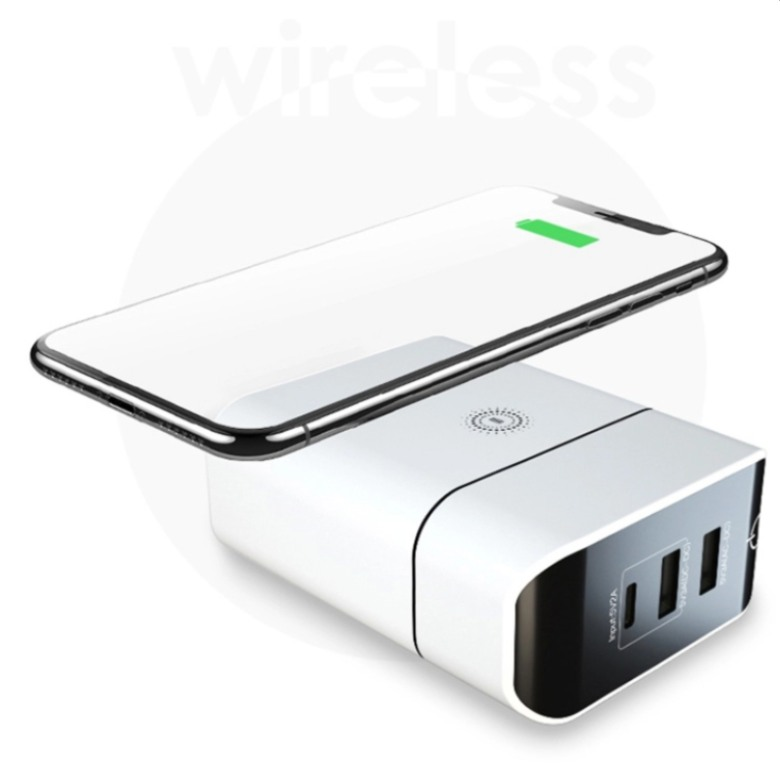 Travel Adaptor with Wireless Charging Power bank