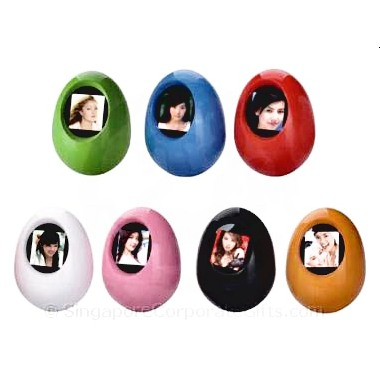 Egg Digital Photo Frame (1.5 Inches)